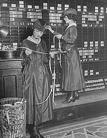 an old stock ticker in use in 1918